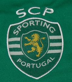 Macron-Sporting-1415-guarda-redes-emblema