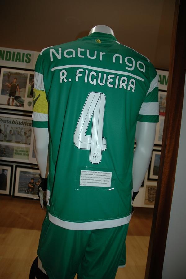 Ricardo Figueira 14 15 costas