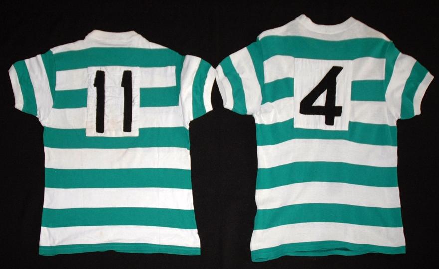 duas-camisolas-irmas-1973-futebol